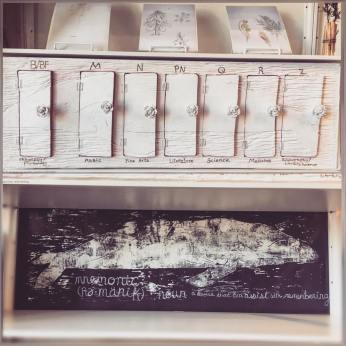 Mnemonic Whale - Working Library installation (capsule and print)